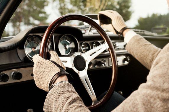 Moda na rękawiczki do samochodu